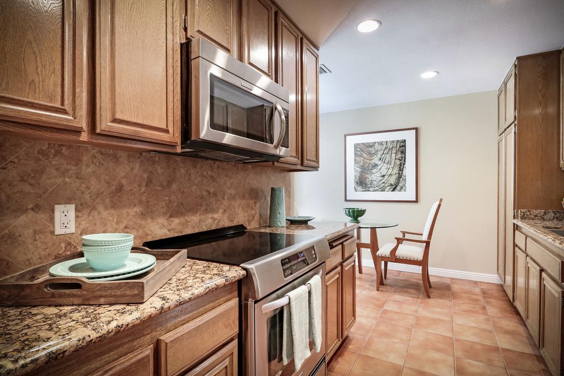 Real Estate Photography | 4080 Via Marisol 327-Los Angeles | Kasi Liz The Real Estate Photographer