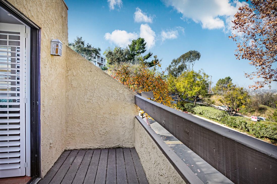 Real Estate Photography   4816 Via Colina-Los Ángeles-90042   Kasi Liz The Real Estate Photographer