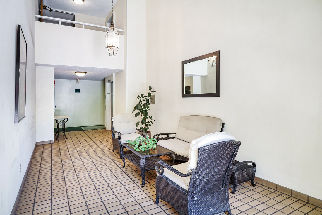 Real Estate Photography | 4275 Via Arbolada 211-Monterey Hills | Kasi Liz The Real Estate Photographer