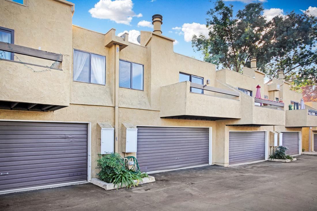 Real Estate Photography | 4840 Via Colina-LA 90042 | Kasi Liz The Real Estate Photographer