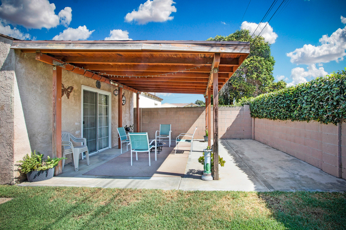 Real Estate Photography | 5846 Dunrobin Ave-Lakewood | Kasi Liz The Real Estate Photographer