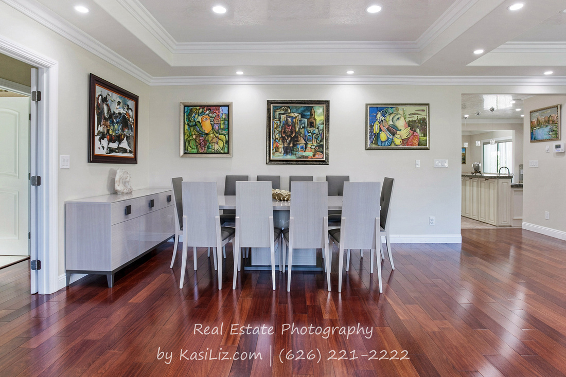 Real Estate Photography | 6039 Greenbush Ave-Valley Glen | Kasi Liz The Real Estate Photographer