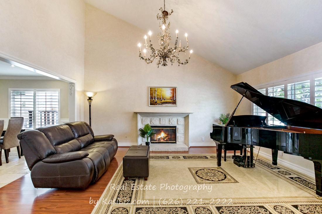 Real Estate Photographer | 24516 Indian Hill Ln-West Hills | Kasi Liz The Real Estate Photographer