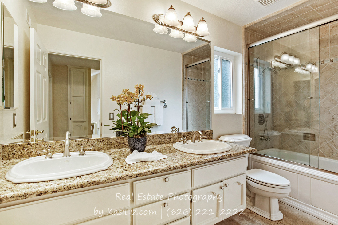 Real Estate Photography | 24516 Indian Hill Ln-West Hills | Kasi Liz The Real Estate Photographer