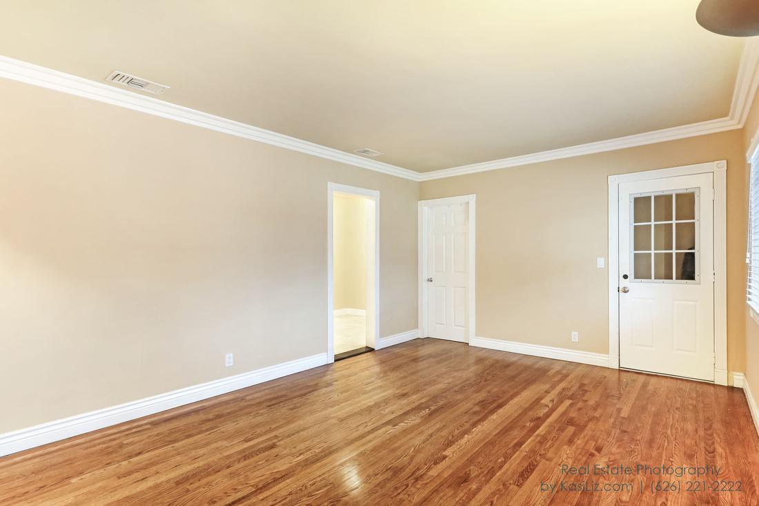 Real Estate Photography | 109 South Grandview Ave | Covina California | by Kasi Liz Hyrapett | Photographer