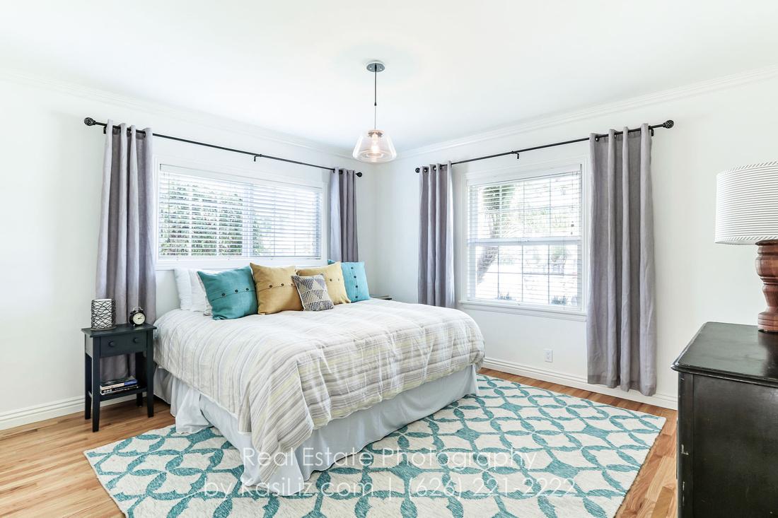 real-estate-photography-los-angeles-orange-county-seal-long-huntington-newport-beach-pasadena-glendale-burbank-california-kasi-hyrapett-house-home-property-luxury-commercial-building-professional-phot