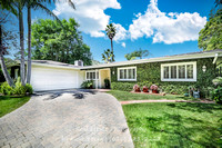 Real Estate Photography | 7547 Woodrow Wilson Drive | Los Angeles 90046 | by Kasi Liz Hyrapett | Photographer